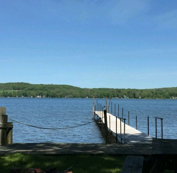 Hook, Wine & Sinker - Lakefront Getaway, holiday rental in Frewsburg