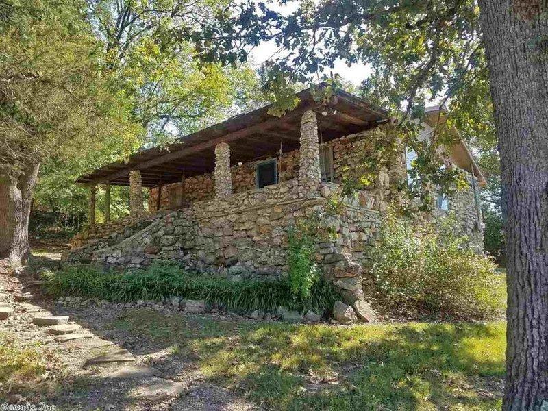 Lakeside Kiwanie Kabin -- Former Girl Scout Camp!, aluguéis de temporada em Cherokee Village