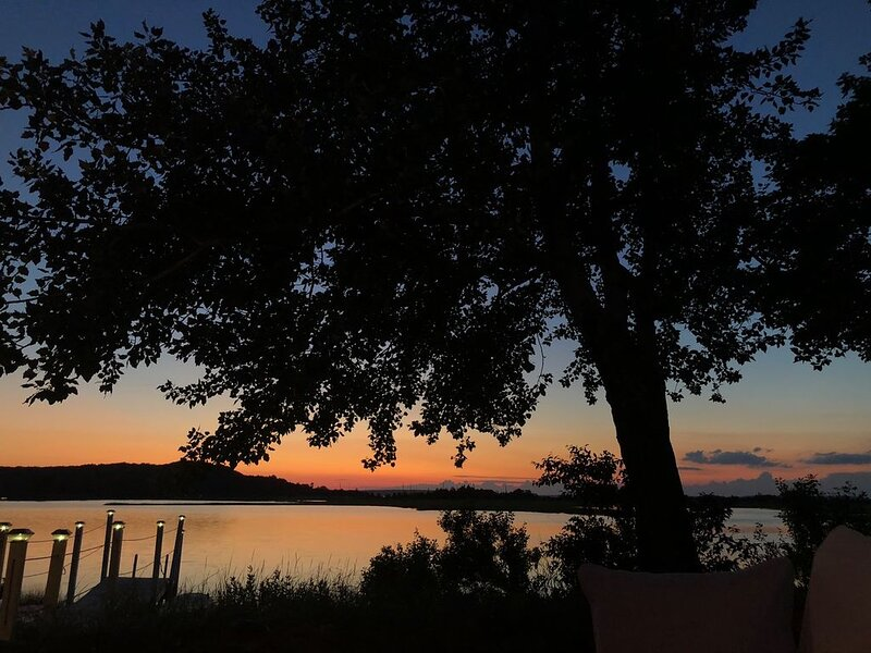 Waterfront Sunset Views, vacation rental in New Suffolk