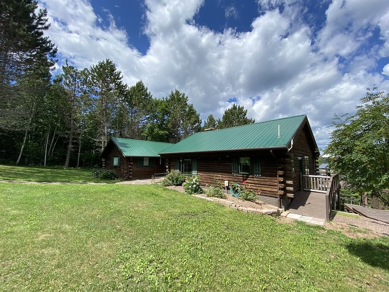 The Lodge on Caribou Lake, Lutsen, Minnesota, vacation rental in Lutsen