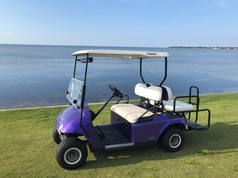 Golf Cart Included - Townhome on the golf course with bay views - No car needed!, alquiler de vacaciones en Sandestin