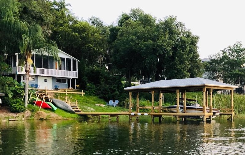 LAKEFRONT - kayak, fish, paddleboard, canoe -near Orlando – semesterbostad i Lake County