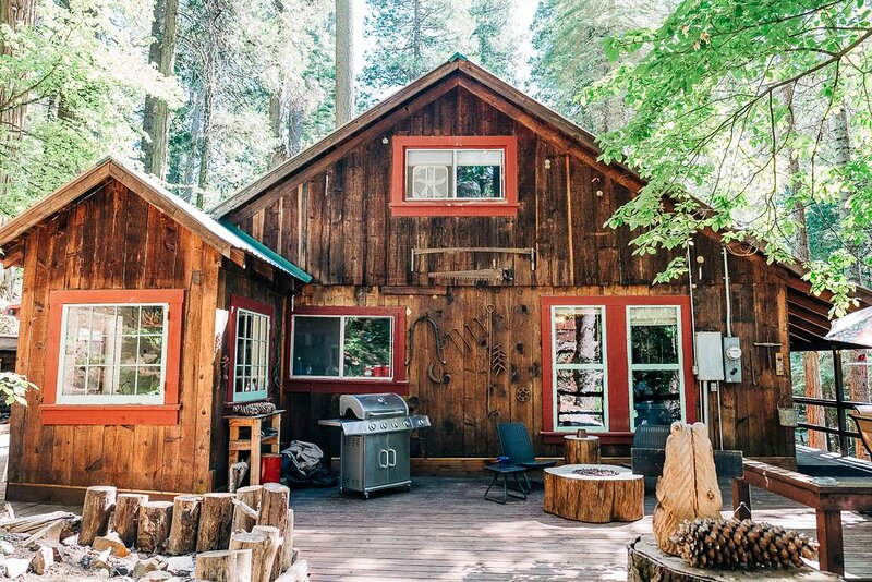 Davis Cabin, Sugar Pine, Ca. 5 Miles from Yosemite South Entrance, holiday rental in Oakhurst