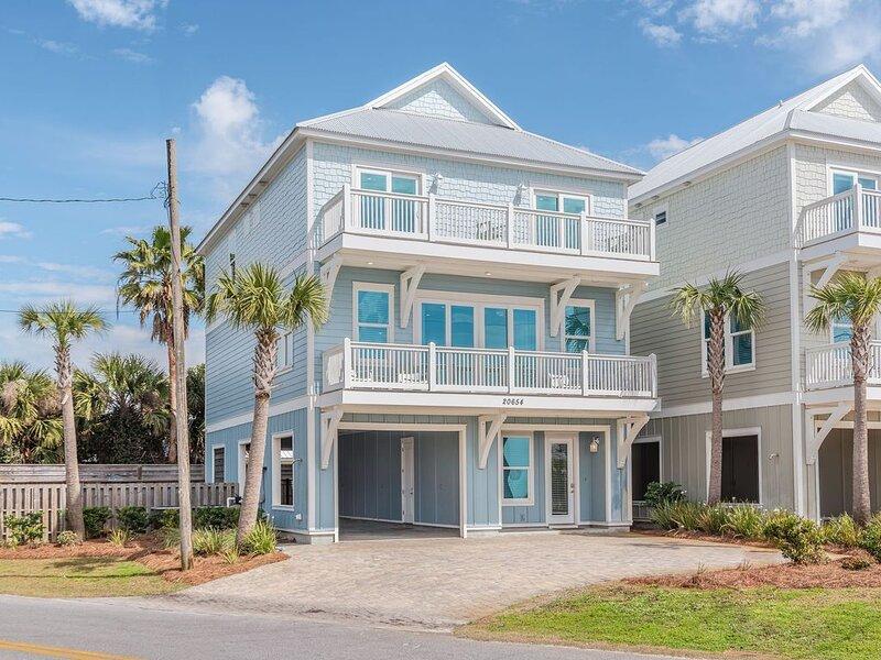 Steps from the Beach | Private Pool | WiFi | Contactless Checkin, aluguéis de temporada em Sunnyside