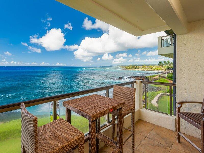 Poipu Shores 305A Oceanfront 2BR 2BA Air Conditioning Poipu 2 Niihau Views, vacation rental in Poipu