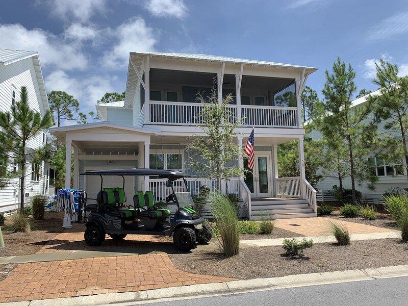 6 Seat Golf Cart - 8 Bikes -Sleeps 13 w/3 Screened porches & mins to Seaside!, vacation rental in Grayton Beach