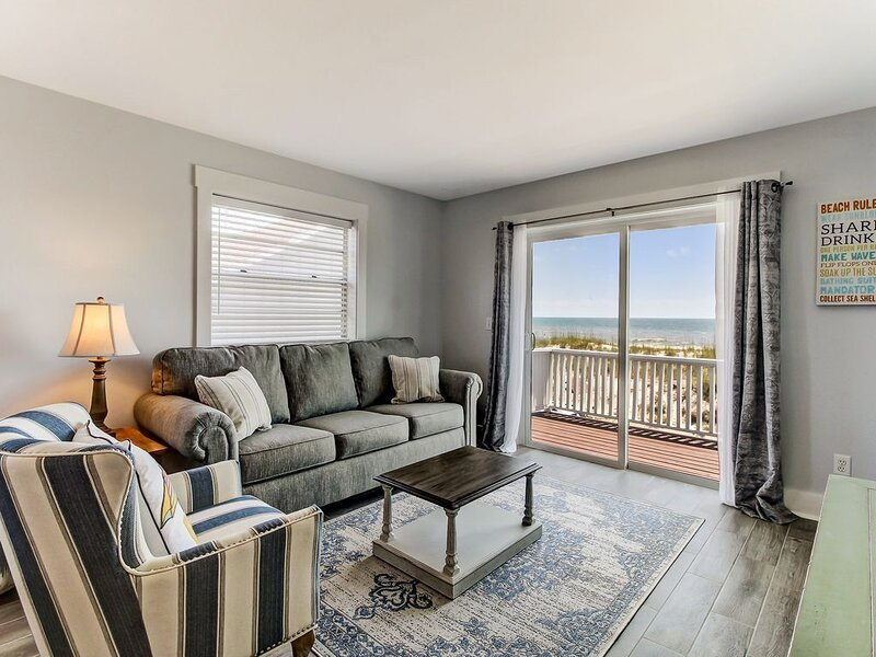 Newly Remodeled Duplex, Just Steps Away to the Sand!, vacation rental in St. Marys