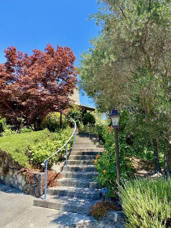 Villa Luba Helena's garden entrance