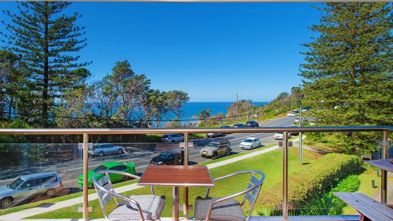 60 Beachpark Apartments - 58 Pacific Drive, holiday rental in Port Macquarie