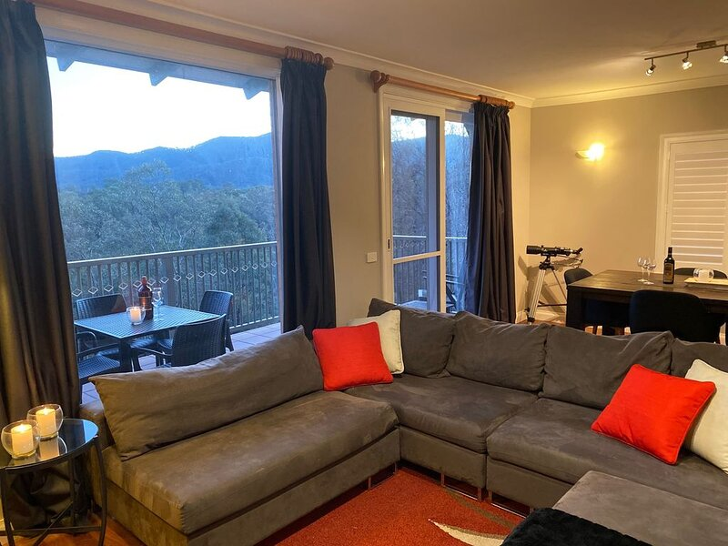 Villa Premiere - Cypress Lakes Resort, holiday rental in Cessnock