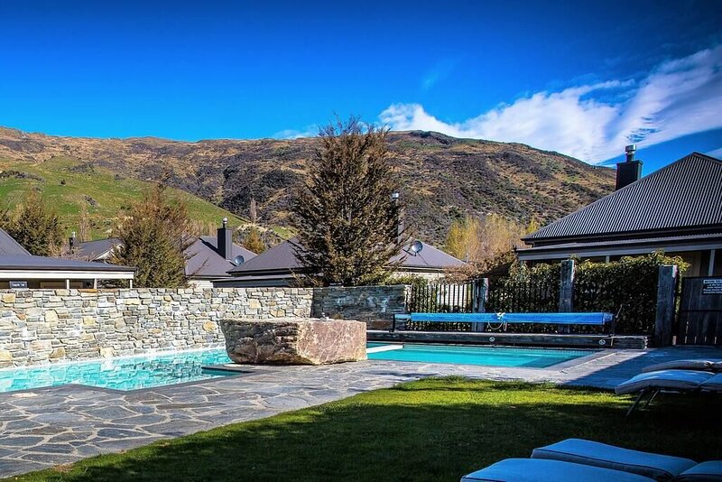 The Resort at Cardrona Villa 13, holiday rental in Cardrona