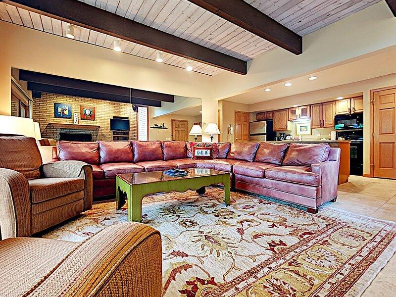 Timberline Condominiums 2 Bedroom Unit D2H, location de vacances à Marble