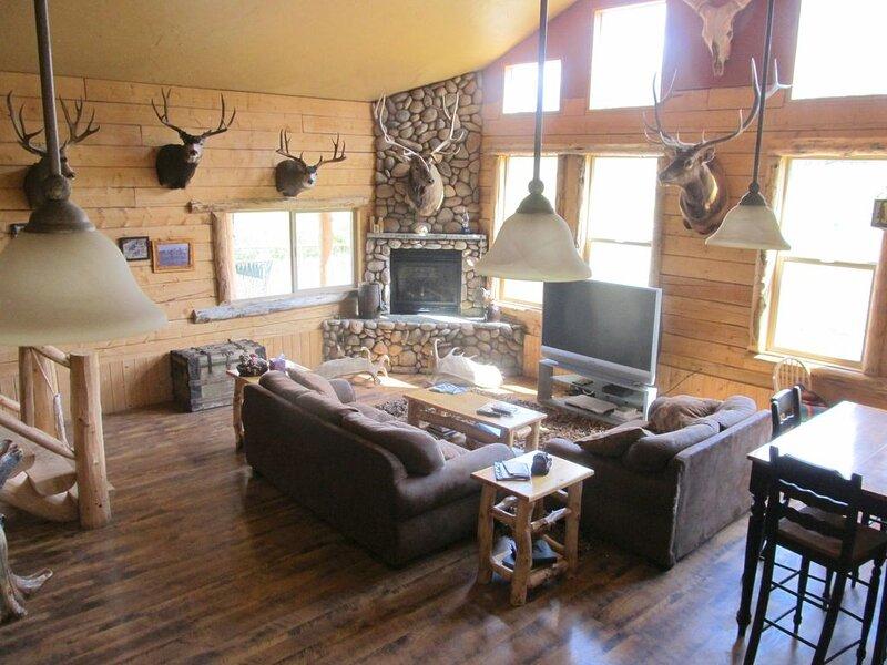 Beautiful Bridger Teton Log Cabin, location de vacances à Bondurant