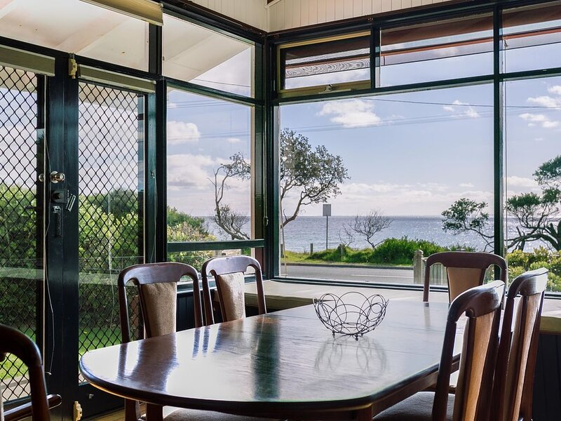 Beach Front Beauty: Ocean front views - Ddirectly opposite the beach with large, vacation rental in Merricks North