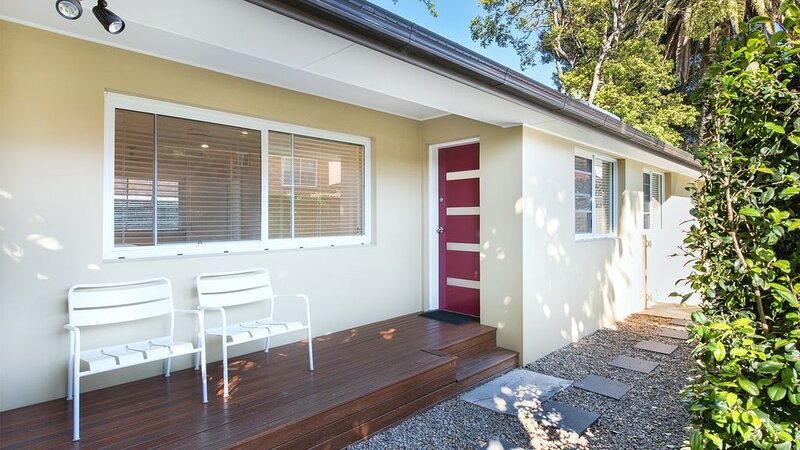 HOLIDAY COTTAGE NEAR COOGEE BEACH, holiday rental in Randwick