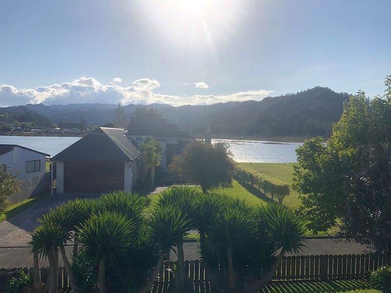 Main Magic - Tairua Holiday Home, vacation rental in Tairua