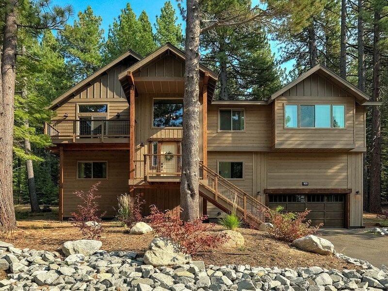 Luxury Modern House- Arcade Games/Full Kitchen, Sierra State of Mind, holiday rental in Markleeville