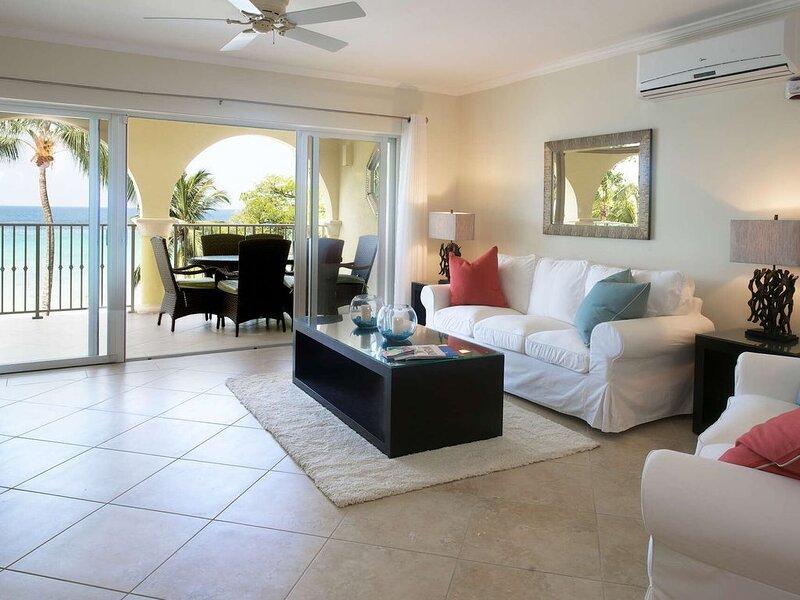 Sapphire Beach 313 Luxury condo, holiday rental in Dover
