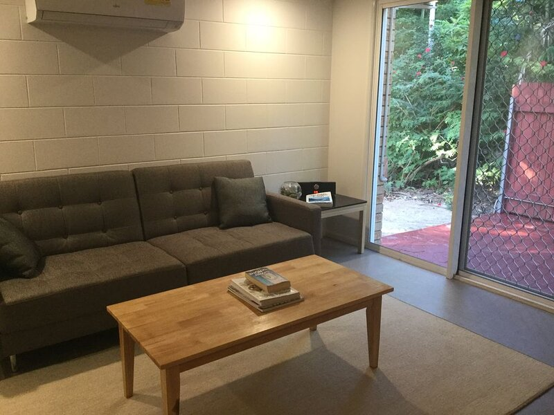 3 Night stopover entire unit, location de vacances à Proserpine