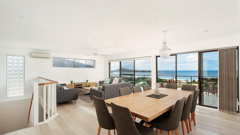 Elevate * Fingal Bay, vacation rental in Fingal Bay