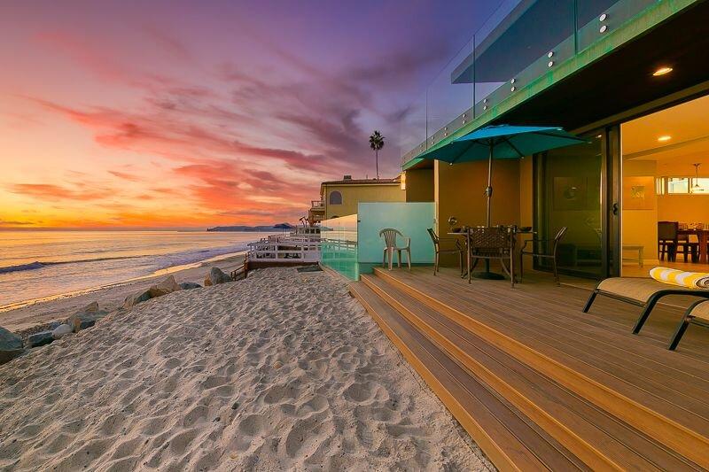 Amazing Oceanfront Home w/ Deck, Privacy + Outdoor Living!, aluguéis de temporada em Dana Point