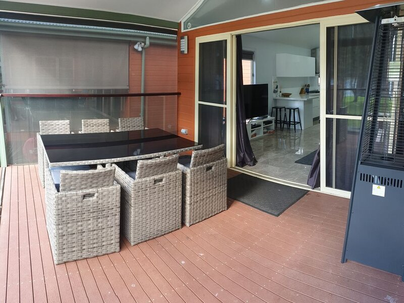 Waterfront  Escape on the Hawkesbury, holiday rental in Lower Portland