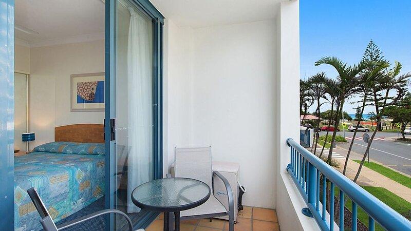 Calypso Plaza Resort Unit 146 1 bedroom unit in Resort style complex, holiday rental in Coolangatta
