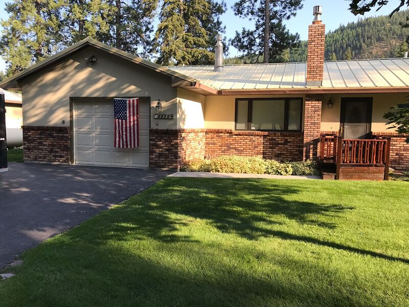 Inn on the Blackfoot River, LLC, holiday rental in Clinton