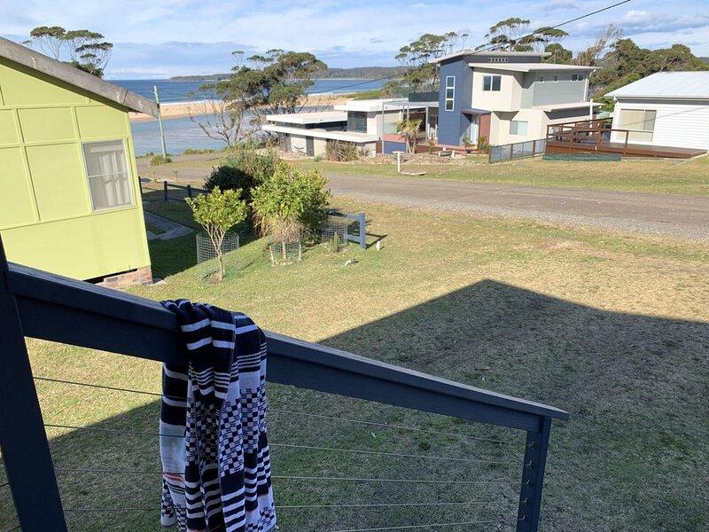 Livingstone Street Kangaroos on the Doorstep, holiday rental in East Lynne