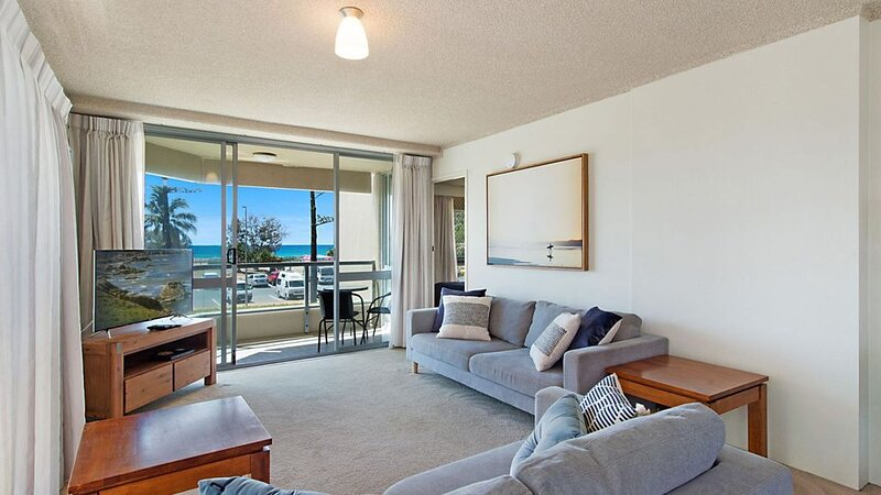 Kooringal Unit 3 - Wi-Fi included in this  apartment right on Greenmount Beach C, location de vacances à Fingal Head