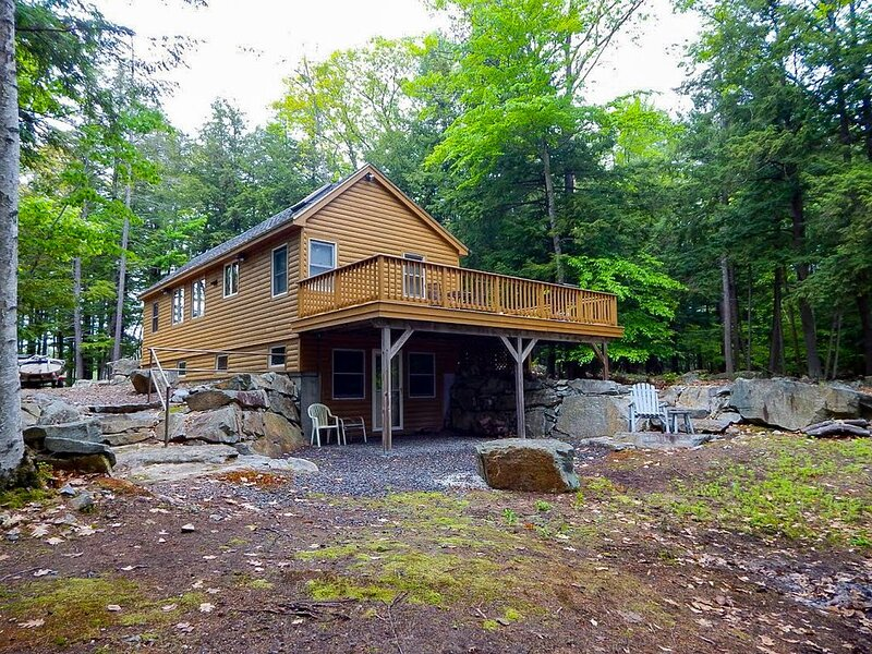 NAT22Wf - Lake Winnipesaukee Waterfront near Fish Cove, location de vacances à Meredith