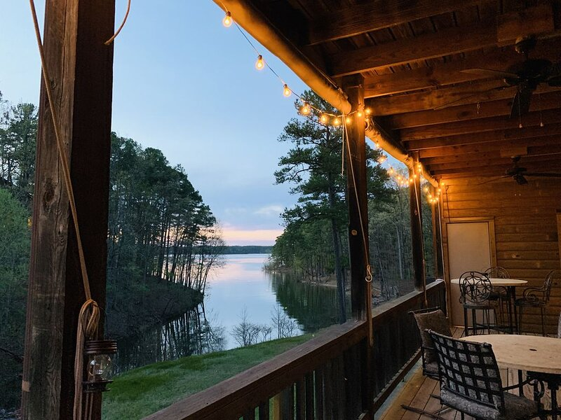 Lakefront Mountain Harbor Condo!, holiday rental in Pencil Bluff