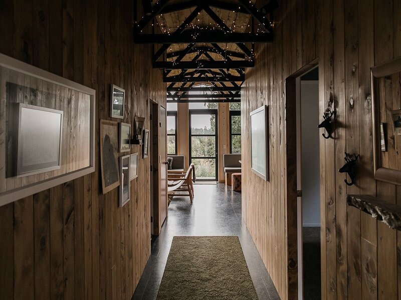 Redrock Hut - A cosy cabin retreat, location de vacances à Manawatu-Wanganui Region