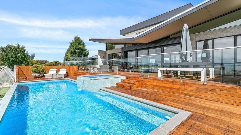 Remo Resort - sleeps 16, alquiler de vacaciones en Kilcunda