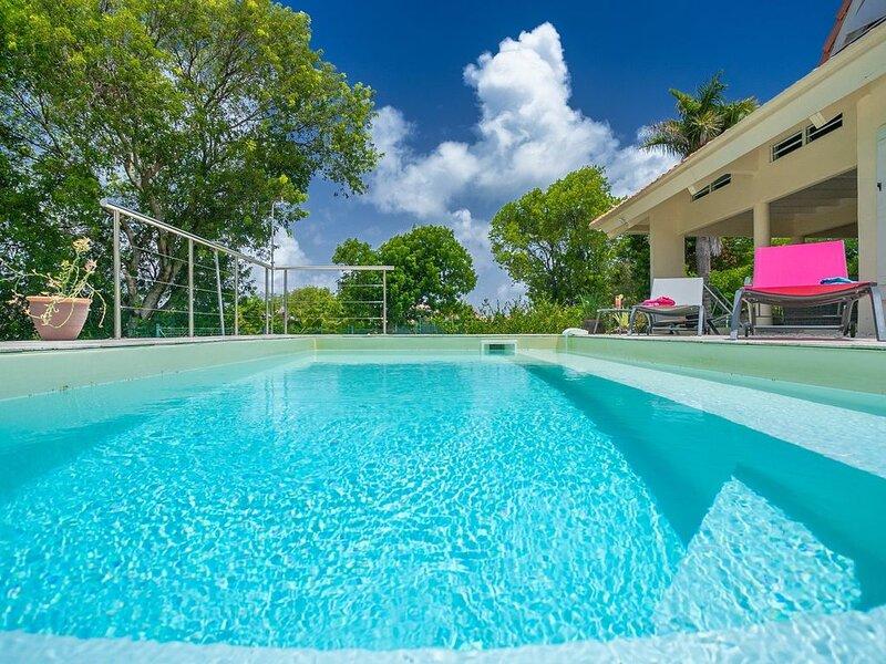 Villa de charme sur la route des plages, location de vacances à Sainte- Anne