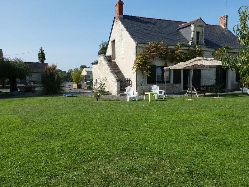 Charmante maison à la sortie du village, location de vacances à Maine et Loire