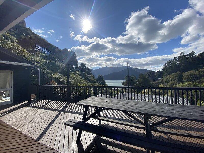 Sandy Bay Holiday Home, Kenepuru Sound, casa vacanza a Picton