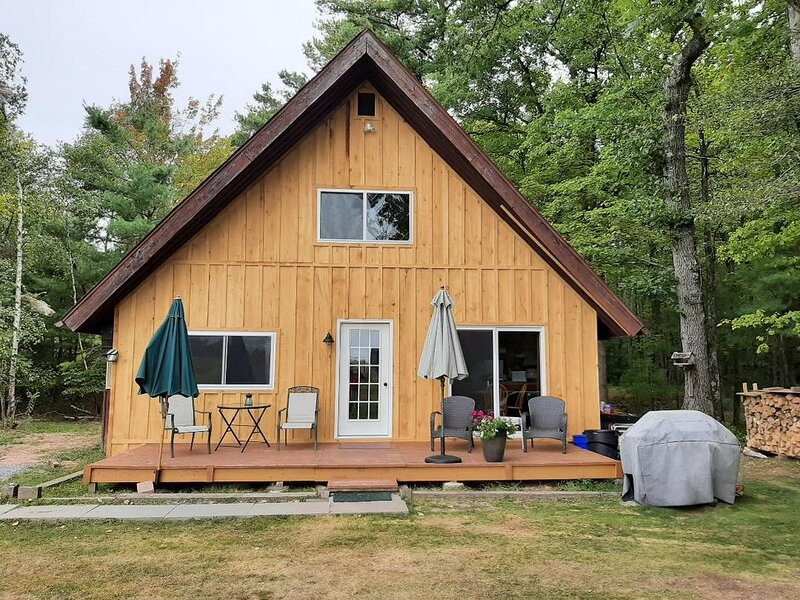 Cabin in the woods, holiday rental in Honesdale