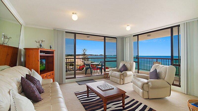 Kirra Gardens Unit 27 Budget 2 bedroom unit with ocean views, holiday rental in Tweed Heads