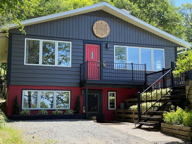 A cyclists paradise - A relaxing mountain getaway ! - Chimo Cottage, aluguéis de temporada em Mille-Isles