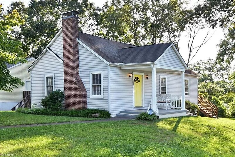 Winston-Salem Home Close to Downtown w/ Large Yard, Open Kitchen, Pro Cleanings, vacation rental in Lewisville