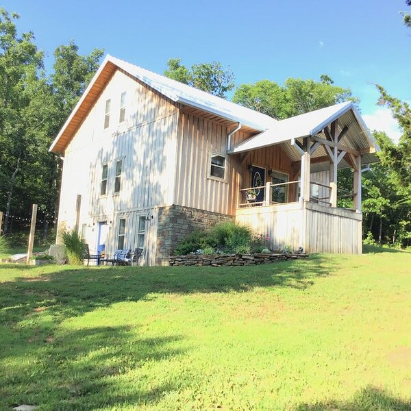Getaway in the heart of the ozarks, casa vacanza a Harrison