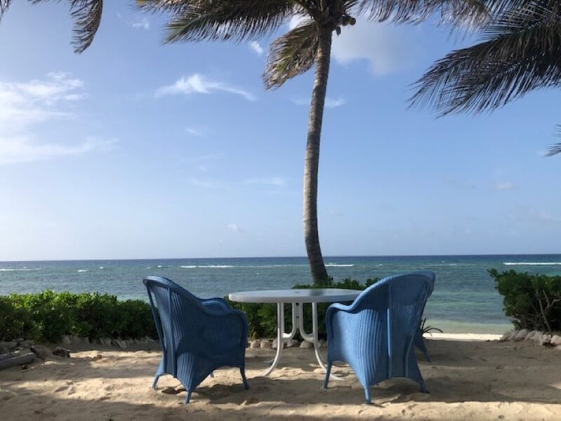Beachfront Villa Vacation in the Cayman Islands, vacation rental in North Side