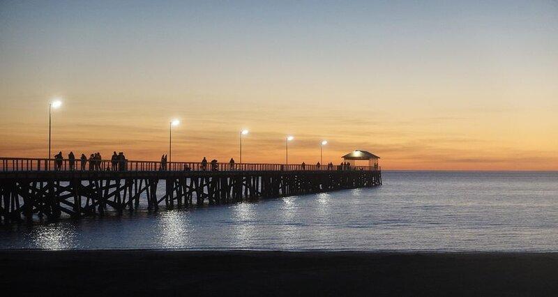 Short stroll to beautiful Semaphore South Beach, location de vacances à Semaphore