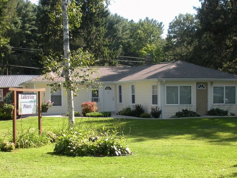 Cooperstown Baseball Rentals - Lakeview Pines, holiday rental in Davenport Center
