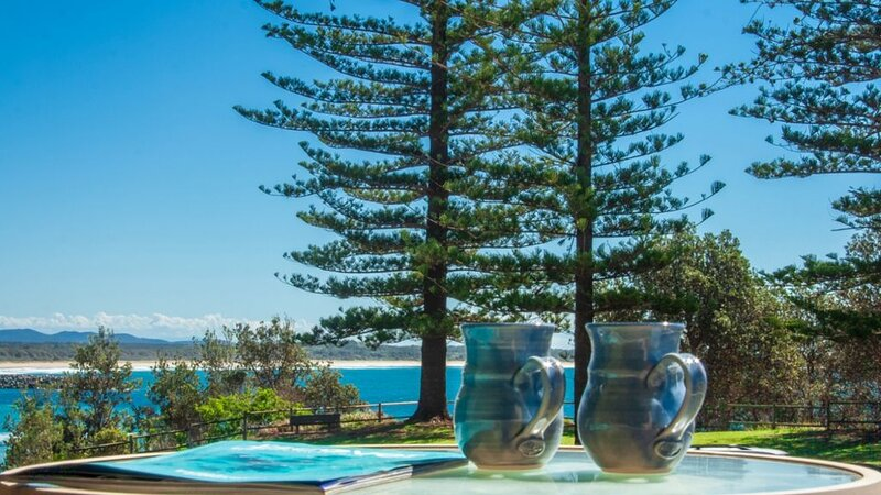 Perfectly Positioned Beachfront Apartment-Unit 6, holiday rental in Port Macquarie