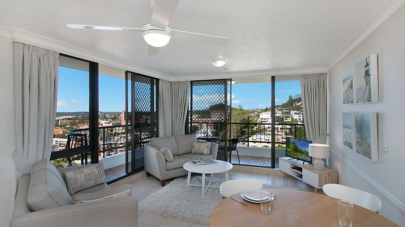 Chateau Royale Unit 36 Situated on Kirra hill overlooking Coolangatta, holiday rental in Coolangatta