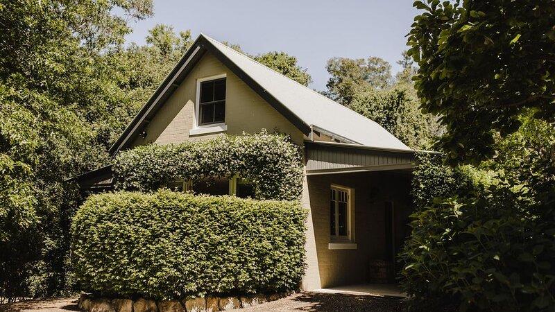 Jasmine Cottage - A Romantic Haven, alquiler vacacional en Bellawongarah