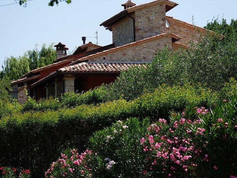 Luxurious Villa in Vasciano Umbria with Private Pool, Ferienwohnung in Romazzano