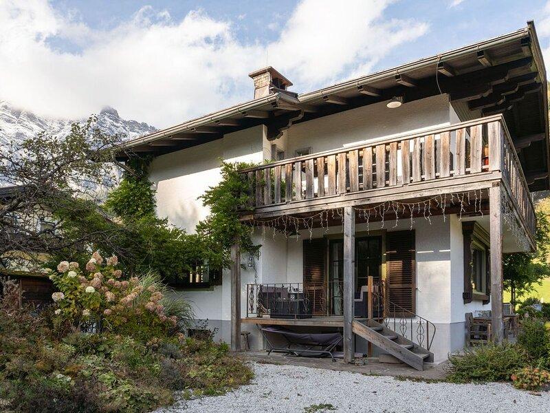 Bright Chalet in Leogang with Mountain View, alquiler de vacaciones en Sankt Martin bei Lofer